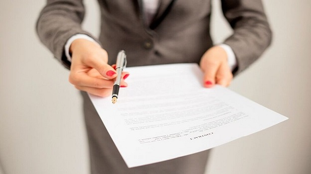 How to Negotiate the Contract You Want before Starting a New Job